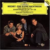 """Hagen Quartett (Квартет Хаген): Mozart: """"Eine Kleine Nachtmusik""""; Divertimenti"""
