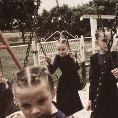 Crystal Castles (Кристал Каслс): Amnesty (I)