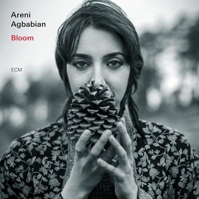 Areni Agbabian (Арени Агбабиан): Bloom